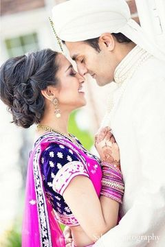 This Indian wedding ceremony kicks off after some lovely portraits. The event is beautiful with bright pinks and soft silvers.