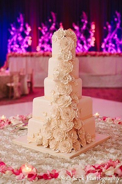 indian wedding cakes,indian wedding treats,indian weddings,indian wedding dessert