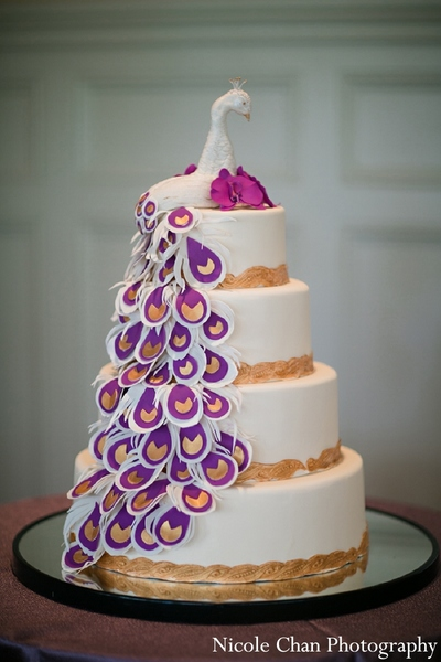 indian wedding cake,indian wedding cakes,peacock wedding cake,peacock