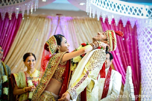 indian bride,images of brides and grooms,indian wedding photographer,indian wedding photography,indian weddings,indian wedding pictures,traditional indian wedding,indian wedding traditions,indian wedding customs,traditional indian wedding dress