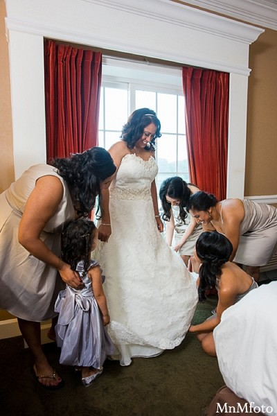 Bridal Fashions in Albany, NY Indian Wedding by MnMfoto