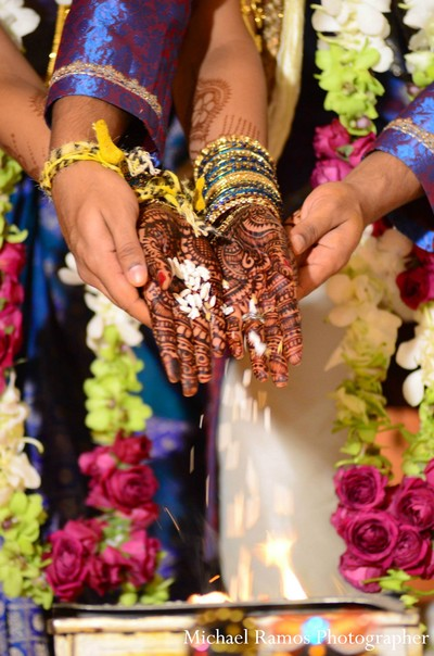 traditional indian wedding,indian wedding traditions,indian wedding traditions and customs,traditional indian wedding dress,traditional hindu wedding,indian wedding tradition,indian wedding mandap,traditional Indian ceremony,traditional hindu ceremony,hindu wedding ceremony