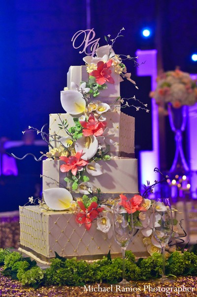 indian wedding reception,reception,wedding reception,indian reception,indian wedding decorations,indian wedding cake,indian wedding cakes,wedding cake,wedding cakes,wedding treats,wedding treat,indian wedding treats,indian wedding sweets,indian wedding desserts,indian wedding dessert