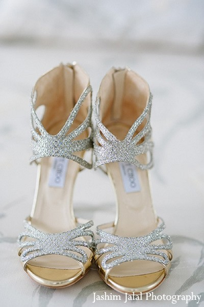 indian weddings,indian wedding shoes,indian bridal accessories,indian bridal footwear