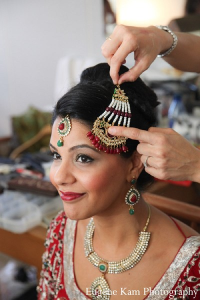 getting ready,bride getting ready,indian bride getting ready,indian bride,punjabi bride,sikh bride,indian bride makeup,indian wedding makeup,indian bridal makeup,indian makeup,bridal makeup indian bride,bridal makeup for indian bride,indian bridal hair and makeup,indian bridal hair makeup