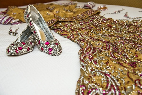 bridal accessories,indian bridal accessories,indian bride shoes,shoes for indian brides,designer shoes for indian brides,indian bridal footwear,bridal footwear