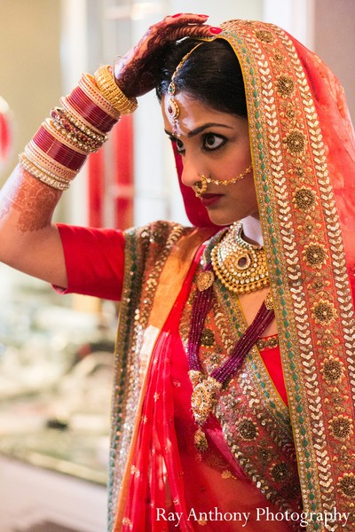 Getting Ready in Dearborn, MI Indian Wedding by Ray Anthony Photography