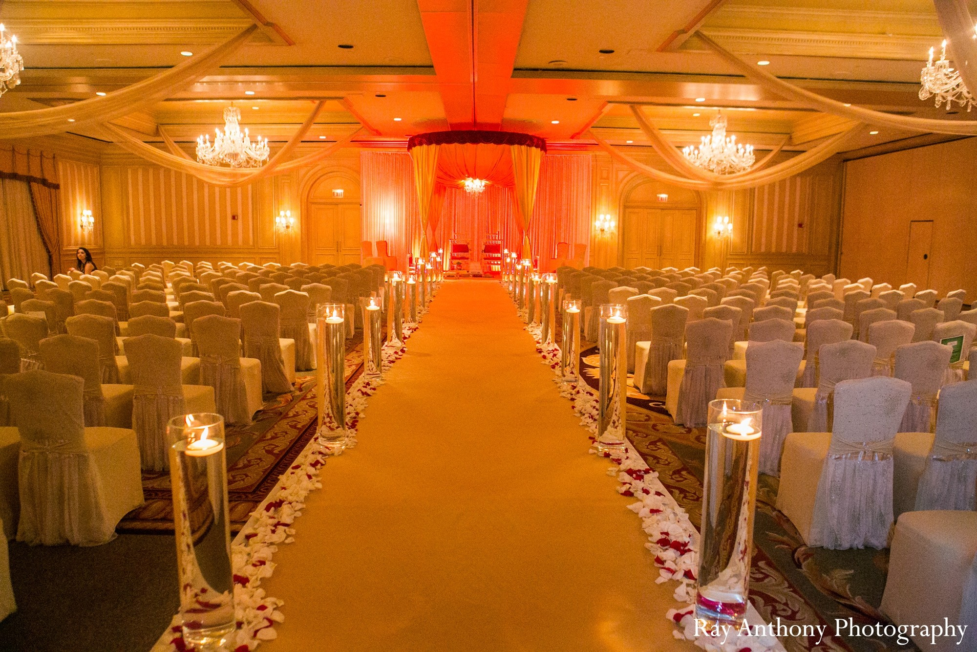 Mandap In Dearborn MI Indian Wedding By Ray Anthony Graphy