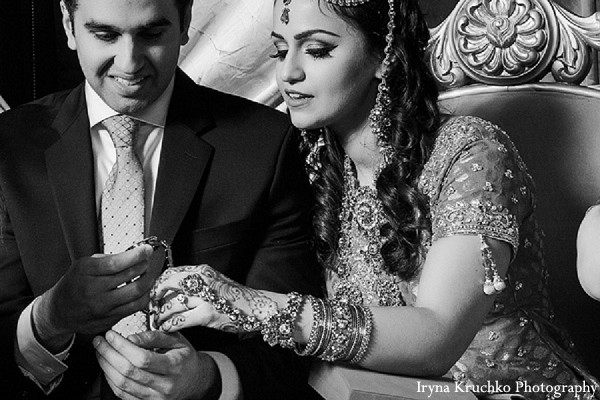 traditional pakistani wedding,pakistani wedding,pakistani wedding ceremony,traditional pakistani wedding ceremony,pakistani bride and groom,photos of pakistani bride and groom,photos of pakistani wedding,pakstani wedding fashion,pakistani wedding attire,pakistani wedding outfits,nikkah ceremony,nikkah