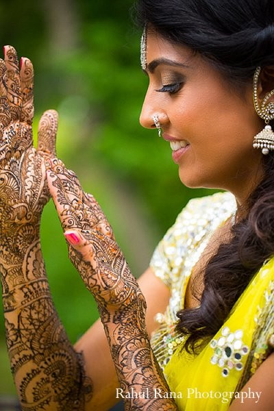 bridal mehndi,bridal henna,henna,mehndi,mehndi artist,henna artist,indian bridal hair and makeup,indian bridal hair makeup,indian wedding clothing,indian wedding clothes,indian bridal clothes,indian bride clothes,indian bridal clothing,indian bride,photos of brides,images of brides