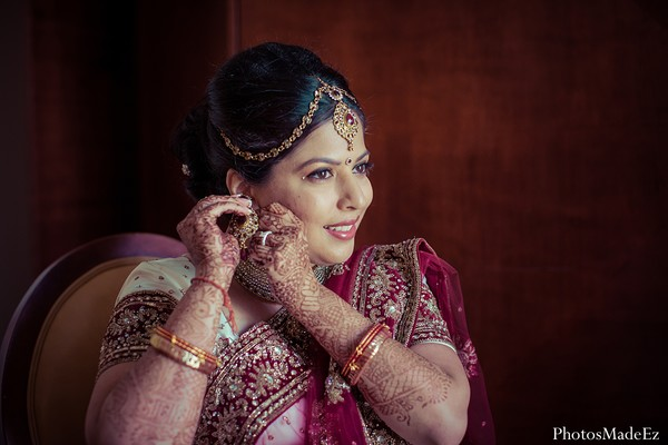 indian wedding photography,south indian wedding photography,wedding photography,indian wedding photographer,indian wedding photographers,professional indian wedding photography,wedding pictures,wedding picture ideas,wedding pictures ideas,indian wedding pictures,hindu wedding pictures,indian bride,portraits of indian brides,indian bridal makeup,hair and makeup,indian bridal jewlery,bridal jewelry,mehndi,bridal mehndi,indian mehndi design