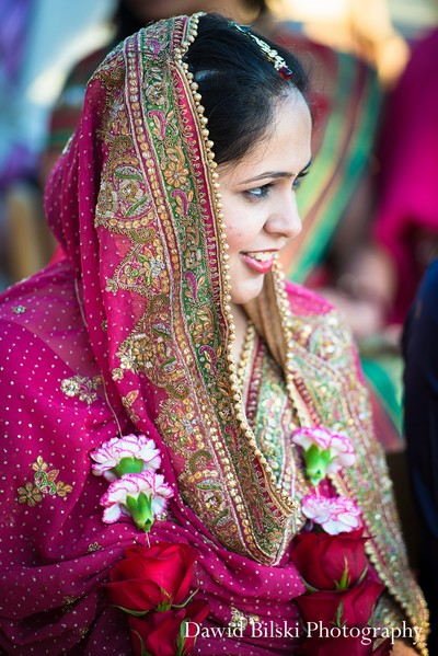 indian wedding photos,indian wedding photo,wedding photos ideas,indian wedding photographer,indian wedding photographers,professional indian wedding photography,wedding pictures,wedding picture ideas,wedding pictures ideas,indian wedding pictures,indian bride,portraits of indian brides,indian dupatta,dupatta