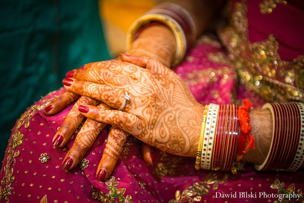 wedding pictures,wedding picture ideas,wedding pictures ideas,indian wedding pictures,hindu wedding pictures,indian wedding photographer,indian wedding photographers,professional indian wedding photography,bridal mehndi,bridal henna,henna,mehndi,mehndi artist,henna artist,indian wedding ring,indian bridal jewelry