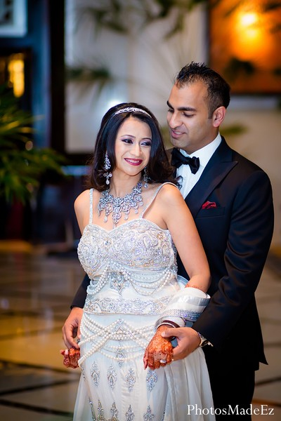 indian wedding photographer,indian wedding photography,indian bride,images of brides and grooms,indian wedding lengha,indian bridal lengha