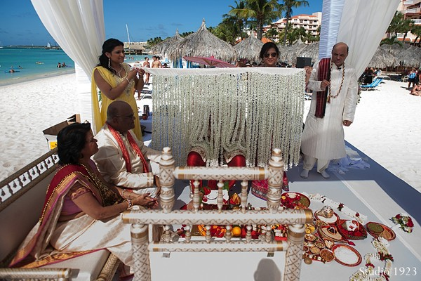beach wedding,beach ceremony,Indian beach wedding,Indian beach wedding ceremony,Indian beach ceremony,Destination wedding,Indian destination wedding,destination wedding venue,Indian destination wedding venue,Indian destination wedding ideas,Indian wedding destination,ceremony,indian wedding traditions,indian ceremony,indian wedding ceremony