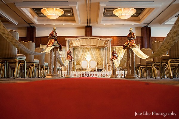 Philadelphia pa indian wedding by joie elie photography mandap designwedding designwedding decorwedding ceremony decorwedding mandap junglespirit Images
