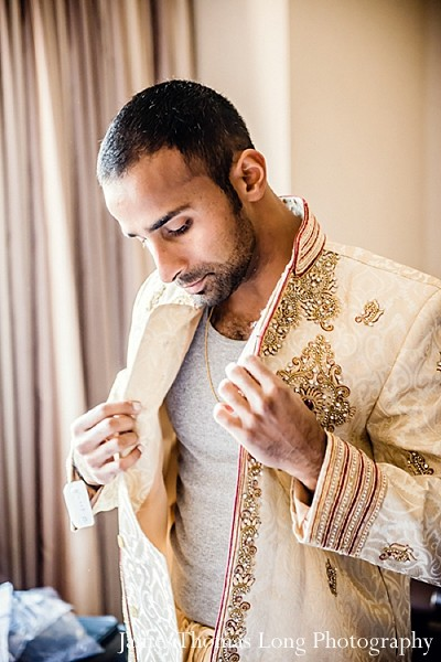 indian wedding clothing,indian wedding clothes,indian groom,indian groom clothing,groom fashion,indian groom fashion,indian wedding men's fashion,indian men's fashion,indian groom sherwani,groom sherwani,wedding sherwani,indian wedding wear