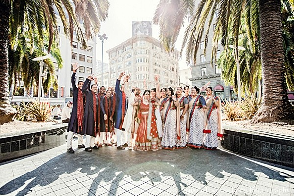 indian bride,images of brides and grooms,indian wedding portraits,portraits of indian wedding,indian wedding ideas,indian wedding photography,indian wedding photo,indian bride and groom photography,indian groomsmen,indian bridal party,indian bridesmaids,indian bridesmaid outfits