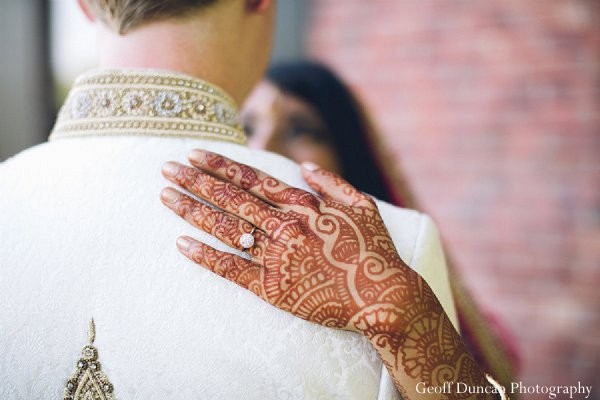 indian bride,images of brides and grooms,indian bridal mehndi,indian bridal henna,indian wedding henna,indian wedding mehndi,mehndi for indian bride,henna for indian bride,indian wedding design,indian bridal jewelry,indian wedding jewelry