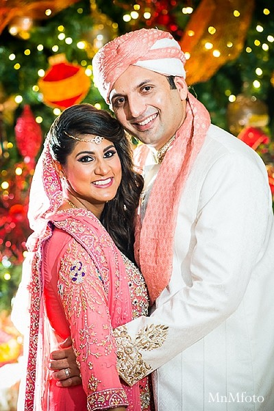 Portraits in Chantilly, VA Pakistani Wedding by MnMfoto