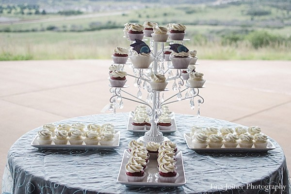 indian wedding ideas,ideas for indian wedding reception,reception,indian reception,indian wedding reception,wedding reception,wedding treats,wedding treat,indian wedding treats,indian wedding sweets,indian wedding desserts,indian wedding dessert,cupcake tower,cupcake,cupcakes