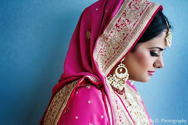 indian bride makeup,indian wedding makeup,indian bridal makeup,indian makeup,bridal makeup indian bride,bridal makeup for indian bride,indian bridal hair and makeup,indian bridal hair makeup