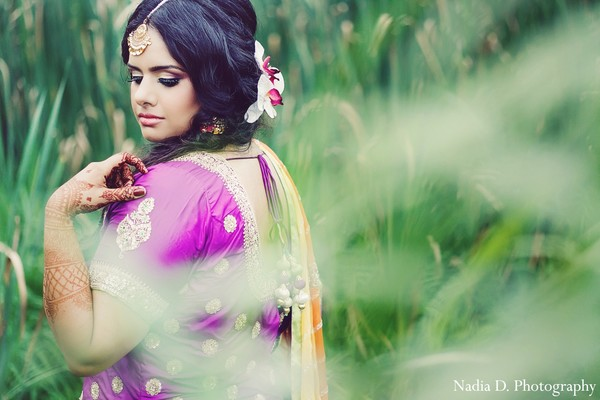 indian sangeet,indian weddings,indian wedding outfits,indian bridal clothing,indian wedding lengha,indian wedding lehenga,indian bridal fashions,indian bride,indian wedding sangeet portraits