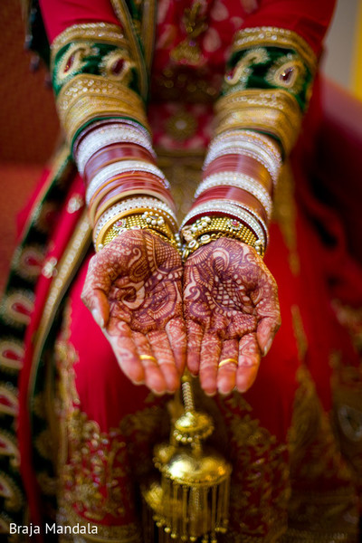 indian bridal mehndi,indian bridal henna,indian wedding henna,indian wedding mehndi,mehndi for indian bride,henna for indian bride,indian weddings,indian wedding design,indian bridal jewelry,indian wedding jewelry