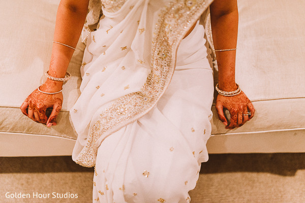 Mehndi Party Saree : Beacon falls ny indian fusion wedding by golden hour studios