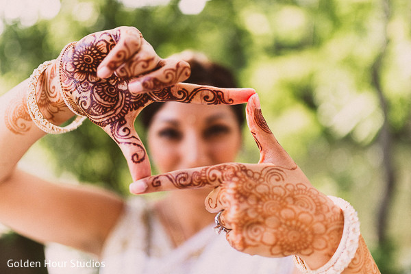 portrait of indian bride,indian bridal portraits,indian bridal portrait,bridal mehndi,bridal henna,henna,mehndi,mehndi for Indian bride,henna for Indian bride,mehndi artist,henna artist,mehndi designs,henna designs,mehndi design