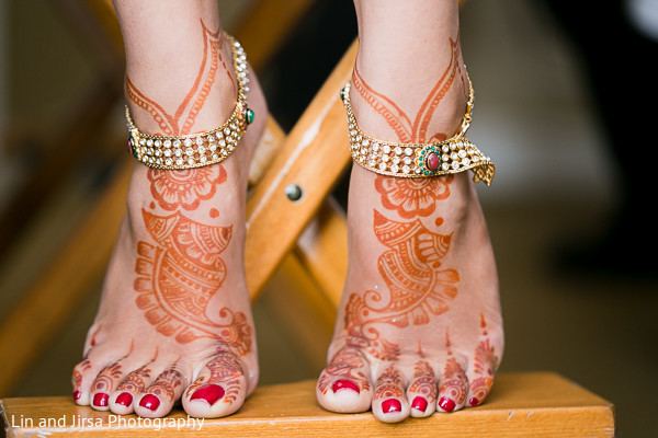 bridal mehndi,bridal henna,henna,mehndi,mehndi for Indian bride,henna for Indian bride,mehndi artist,henna artist,mehndi designs,henna designs,mehndi design,jhanjran,ankle bracelets,ankle jewelry
