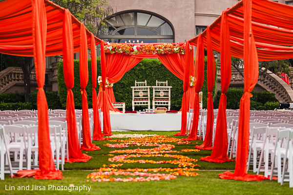 outdoor wedding,outdoor wedding decor,outdoor wedding ceremony,outdoor wedding ceremony decor,outdoor ceremony,outdoor ceremony decor,outdoor Indian wedding,outdoor Indian wedding ceremony,outdoor Indian ceremony,traditional indian wedding,traditional hindu wedding,indian wedding mandap,traditional Indian ceremony,traditional hindu ceremony,hindu wedding ceremony