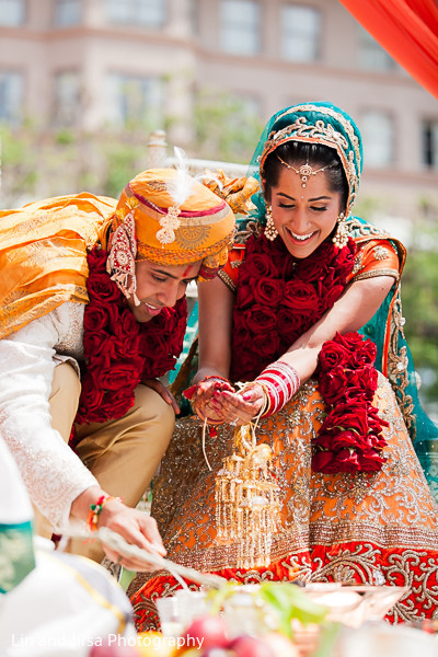outdoor wedding,outdoor wedding ceremony,outdoor ceremony,outdoor Indian wedding,outdoor Indian wedding ceremony,outdoor Indian ceremony,traditional indian wedding,indian wedding traditions,indian wedding traditions and customs,traditional hindu wedding,indian wedding tradition,traditional Indian ceremony,traditional hindu ceremony,hindu wedding ceremony