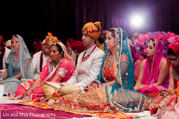 traditional indian wedding,indian wedding traditions,indian wedding traditions and customs,traditional indian wedding dress,indian wedding tradition,traditional sikh wedding,sikh wedding,sikh ceremony,sikh wedding ceremony,traditional sikh wedding ceremony,Punjabi wedding,Punjabi wedding ceremony