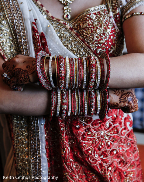 indian bridal jewelry,indian wedding jewelry,bridal indian jewelry,indian wedding jewelry sets,banga,indian wedding bangles,indian bridal bangles