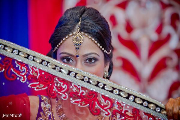 indian bride makeup,indian wedding makeup,indian bridal makeup,indian makeup,bridal makeup indian bride,bridal makeup for indian bride,indian bridal hair and makeup,indian bridal hair makeup,tikkah,tikka,bridal tikka,headpiece