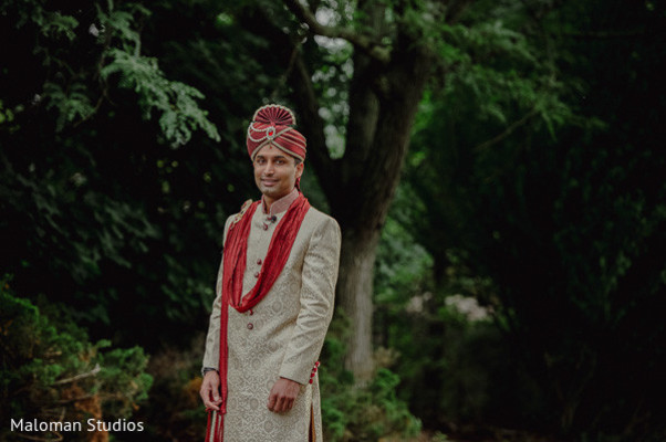 portraits of indian wedding,indian groom,indian groom fashion,indian wedding portrait,indian wedding portraits,indian groom photography,indian weddings,indian wedding clothes,indian groom clothing,indian wedding fashions,indian groom sherwani