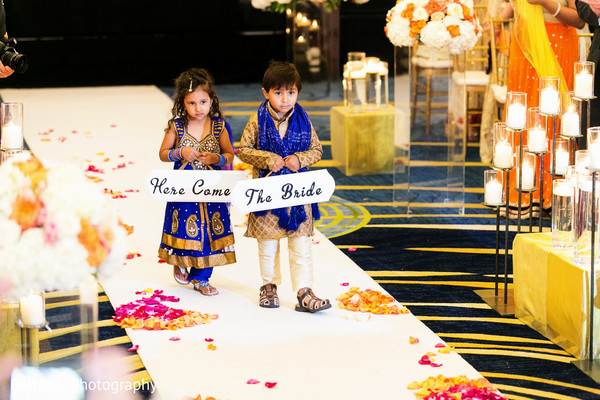 traditional indian wedding,indian wedding traditions,indian wedding traditions and customs,traditional hindu wedding,indian wedding tradition,traditional Indian ceremony,traditional hindu ceremony,hindu wedding ceremony,here comes the bride,signs