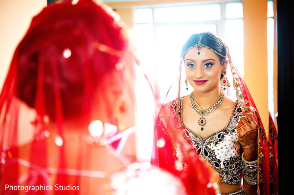 Getting ready in Baltimore, MD Indian Wedding by Photographick Studios