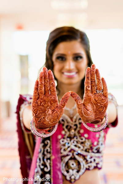 portrait of indian bride,indian bridal portraits,indian bridal portrait,indian bridal fashions,indian bride,indian bride photography,bridal mehndi,bridal henna,henna,mehndi,mehndi for Indian bride,henna for Indian bride,mehndi artist,henna artist,mehndi designs,henna designs,mehndi design