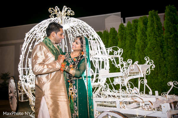 indian wedding photo,indian wedding fashions,indian weddings,indian wedding outfits,indian wedding portrait,indian bride and groom,indian bride,indian bridal clothing,indian wedding lengha,indian wedding lehenga,indian bridal fashions,mehndi for indian bride