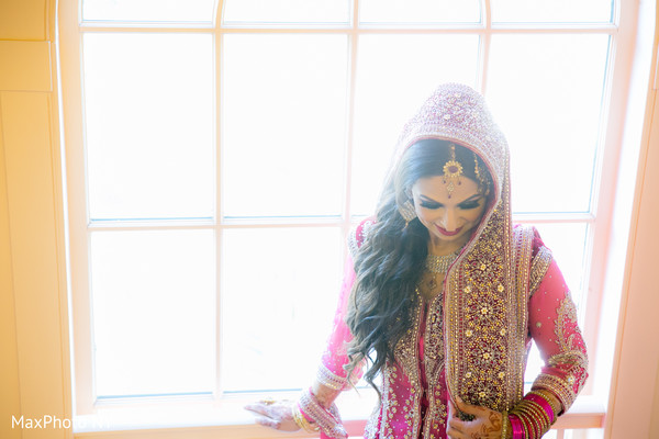 portraits of indian wedding,indian bride,indian bridal fashions,indian bride photography,indian wedding details
