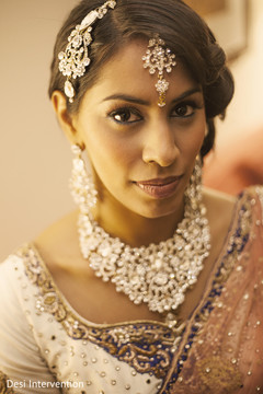This Indian bride celebrates her wedding with lovely portraits.