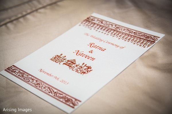 traditional hindu wedding,indian wedding tradition,traditional Indian ceremony,traditional hindu ceremony,indian wedding Stationery,modern indian wedding Stationery,details,indian ceremony details,traditional Indian wedding stationery