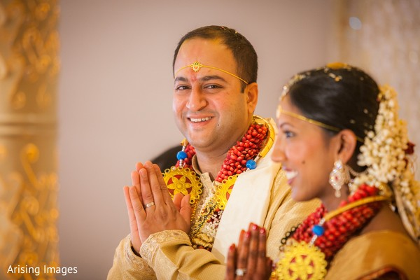 traditional indian wedding,indian wedding traditions,indian wedding traditions and customs,traditional hindu wedding,indian wedding tradition,traditional Indian ceremony,traditional hindu ceremony,hindu wedding ceremony,indian bride and groom,indian bride groom,photos of brides and grooms,images of brides and grooms,indian bride grooms,Indian brides