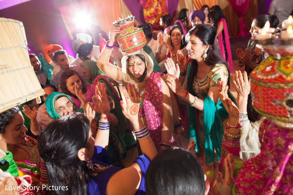 Sangeet,sangeet night,indian wedding celebrations,Indian wedding traditions,Indian pre-wedding celebrations,Indian pre-wedding traditions,Indian pre-wedding festivities,indian wedding festivities,jaago