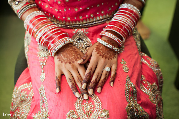 chura,chooda,bridal mehndi,bridal henna,henna,mehndi,mehndi for Indian bride,henna for Indian bride,mehndi artist,henna artist,mehndi designs,henna designs,mehndi design