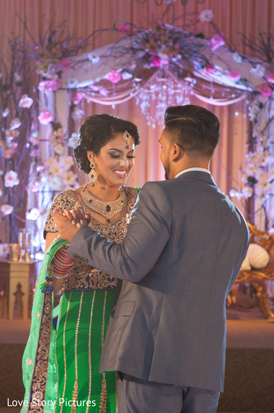 indian wedding ideas,ideas for indian wedding reception,reception,indian reception,indian wedding reception,wedding reception,first dance,bride and groom reception,indian bride and groom reception