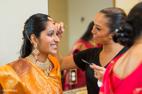 Getting ready in North Dallas, TX Indian Wedding by MnMfoto