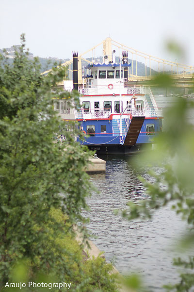 Pittsburgh,Pennsylvania,boat,wedding location,location,venue,wedding venue